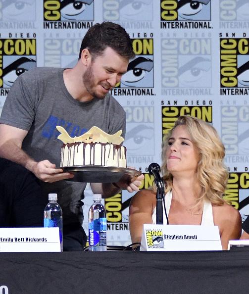 出席する「Comic-Con International 2017 - 'Arrow' Video Presentation And Q+A」:写真・画像(15)[壁紙.com]