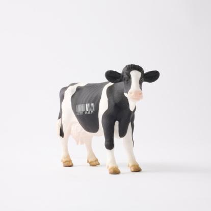 Figurine「Cow figurine with bar code」:スマホ壁紙(18)