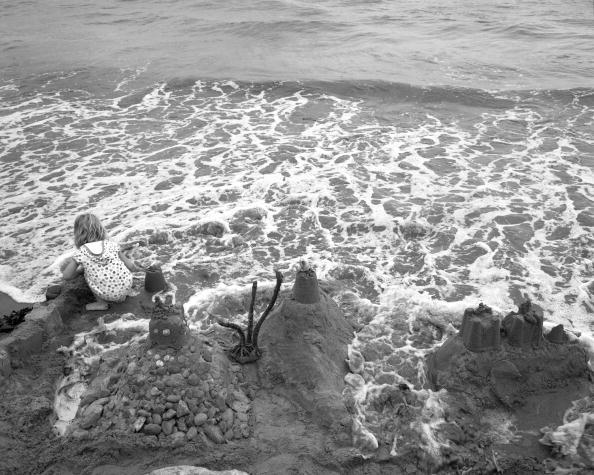 Tom Stoddart Archive「Robin Hood's Bay」:写真・画像(12)[壁紙.com]