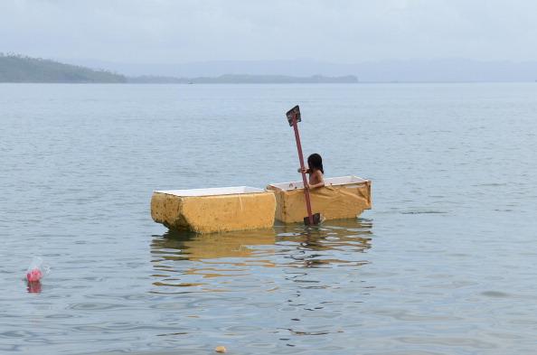 Obsolete「Typhoon Survivors Continue To Rebuild Their Lives During The Festive Season」:写真・画像(4)[壁紙.com]
