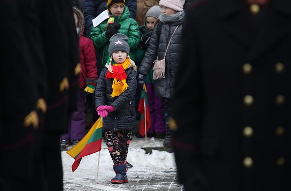 Topix「Lithuania Celebrates 100th Anniversary Of Restoration Of Statehood」:写真・画像(10)[壁紙.com]