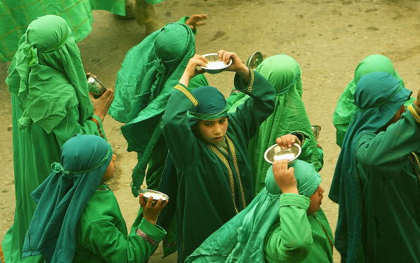 Imam Hussein「Pilgrims Mark The Annual Ten-Day Mourning Period Of Ashura」:写真・画像(10)[壁紙.com]