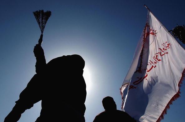 Back Lit「Shiite Muslims Celebrate Festival Of Ashura」:写真・画像(13)[壁紙.com]