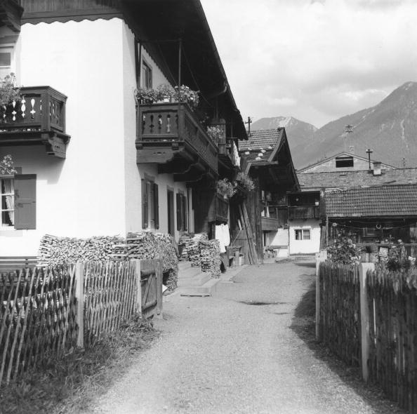Garmisch-Partenkirchen「Bavarian Town」:写真・画像(19)[壁紙.com]