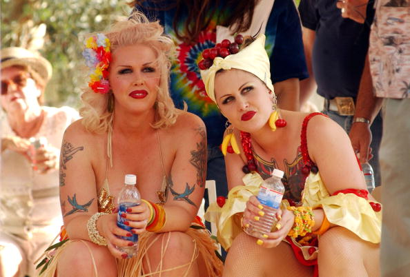 Front View「Miss Exotic World Pageant Celebrates Burlesque」:写真・画像(4)[壁紙.com]