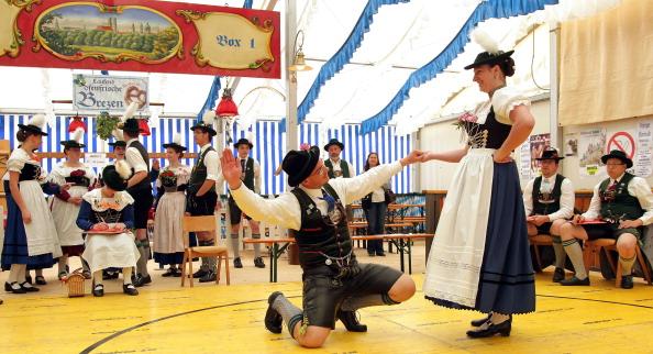 Limb - Body Part「Bavarian Dance Competition In Huosigau」:写真・画像(10)[壁紙.com]