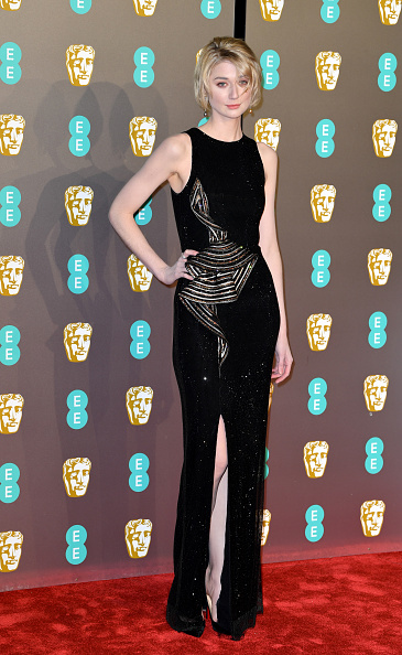 Elizabeth Debicki「EE British Academy Film Awards - Red Carpet Arrivals」:写真・画像(13)[壁紙.com]