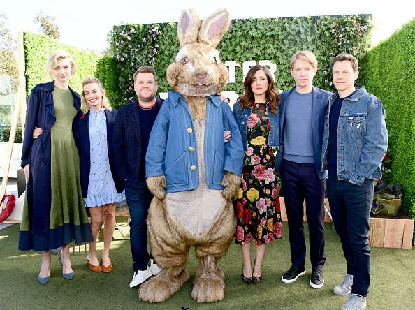 """Rose Byrne「Photo Call For Columbia Pictures' """"Peter Rabbit""""」:写真・画像(7)[壁紙.com]"""