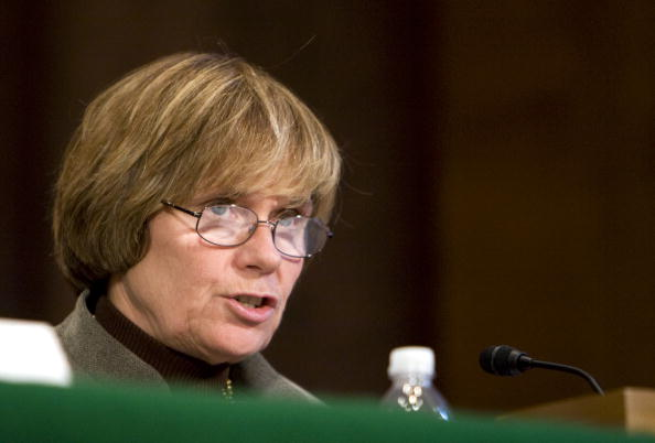 Joshua Roberts「Senate Holds Hearing On U.S. Credit Market Crisis」:写真・画像(0)[壁紙.com]