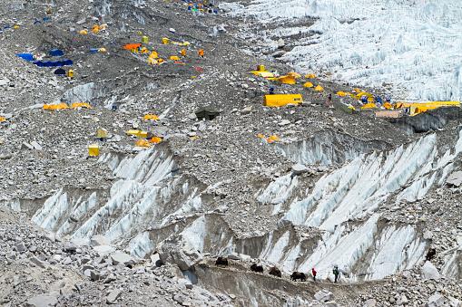Khumbu Glacier「Climber's Tents at Everest Base Camp」:スマホ壁紙(8)