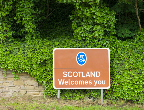 """Patriotism「""""Scotland Welcomes You"""" Border Sign」:スマホ壁紙(15)"""