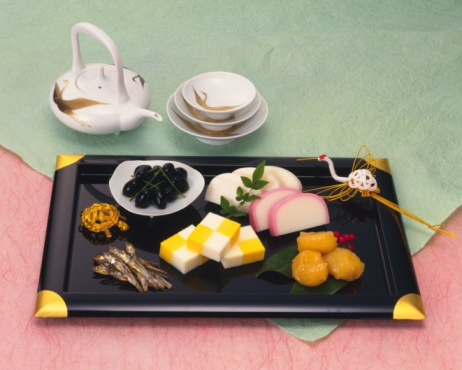 Sake「New Years spiced Sake and Japanese traditional New Years food on tray, high angle view」:スマホ壁紙(14)