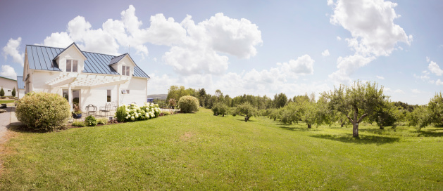 Farm「Eastern Townships Orchard with small house」:スマホ壁紙(7)