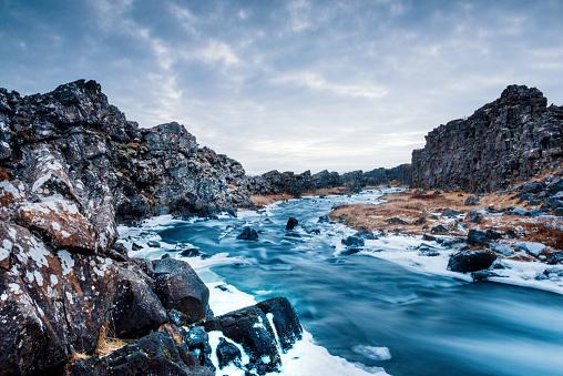 River「Majestic Iceland Öxará River Winter Landscape Thingvellir National Park Iceland」:スマホ壁紙(3)