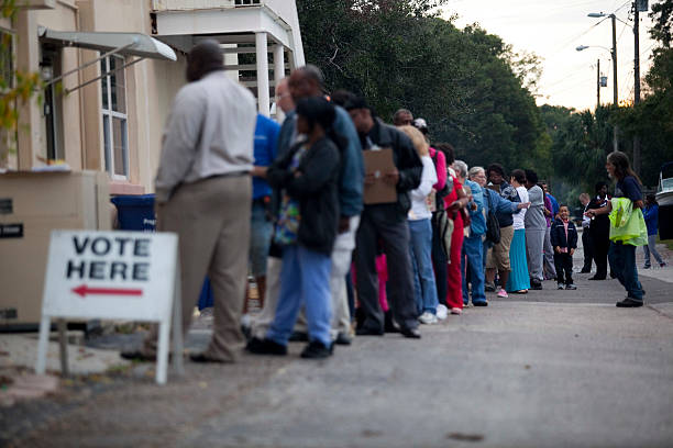 U.S. Citizens Head To The Polls To Vote In Presidential Election:ニュース(壁紙.com)
