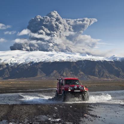 Active Volcano「Eyjafjallajokull Volcano Eruption, Iceland」:スマホ壁紙(18)