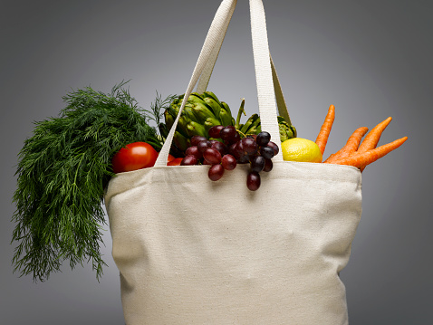 Reusable Bag「Shopping bag with fresh vegetables, close-up」:スマホ壁紙(12)