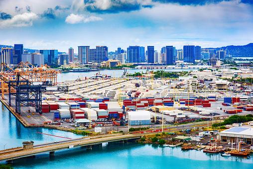オアフ島「ホノルルの港」:スマホ壁紙(6)