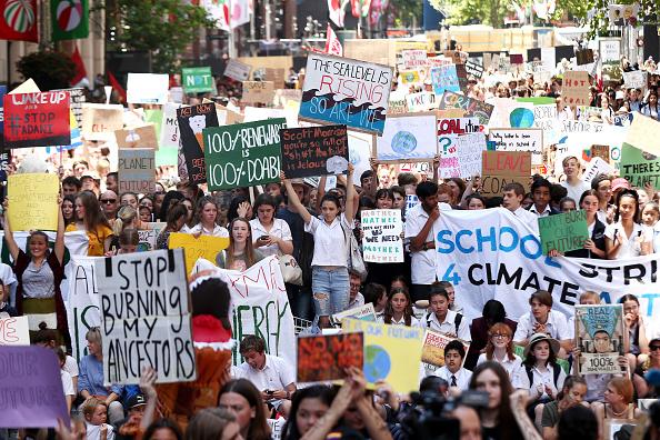 気候「Students Walk Out Of School To Urge Action On Climate Change」:写真・画像(15)[壁紙.com]