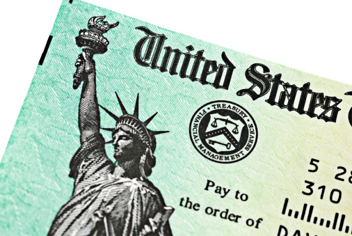 Refund「Partial view of US Treasury IRS refund check」:スマホ壁紙(5)