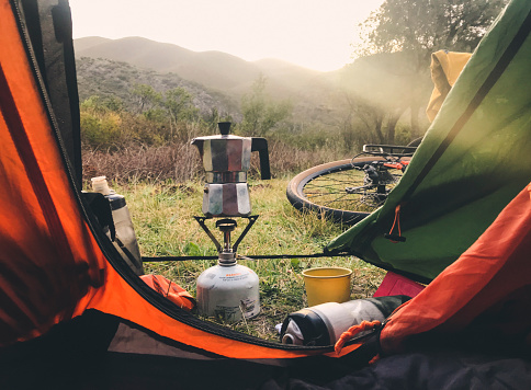 Coffee - Drink「Mokka pot on a gas cooker outside a tent.」:スマホ壁紙(3)