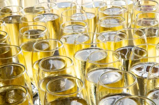 Celebratory Toast「Champagne」:スマホ壁紙(12)