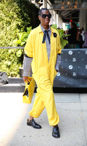 Yellow「Street Style - New York Fashion Week September 2019 - Day 7」:写真・画像(16)[壁紙.com]