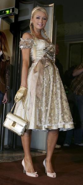 Gold Purse「Paris Hilton Advertises Canned Prosecco」:写真・画像(4)[壁紙.com]