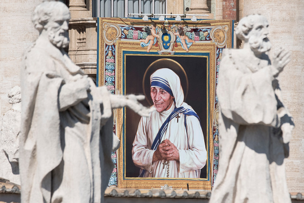Religious Mass「Mother Teresa Is Canonised By Pope Francis At The Vatican」:写真・画像(7)[壁紙.com]