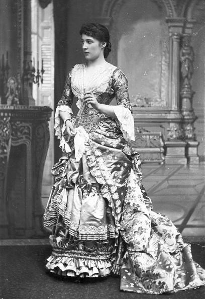 Evening Gown「Lillie Langtry」:写真・画像(3)[壁紙.com]