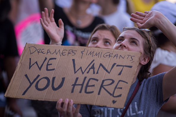 Dividing「Thousands Across U.S March In Support Of Keeping Immigrant Families Together」:写真・画像(19)[壁紙.com]