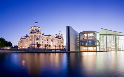 The Reichstag「Reichstag Parliament Building on the Spree River in Berlin Germany」:スマホ壁紙(6)