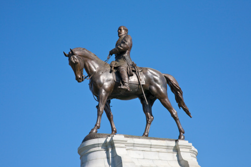 Officer - Military Rank「General Robert E. Lee equestrian sculpture, Monument Avenue, Downtown Richmond, Virginia, USA」:スマホ壁紙(8)