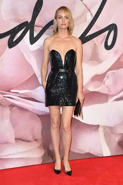 アンバー ヴァレッタ「The Fashion Awards 2016 - Red Carpet Arrivals」:写真・画像(7)[壁紙.com]