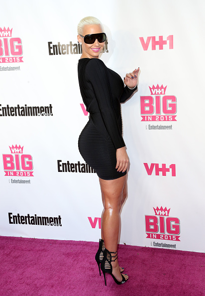Alternative Pose「VH1 Big In 2015 With Entertainment Weekly Awards - Arrivals」:写真・画像(8)[壁紙.com]