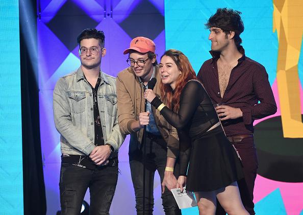 マツ科「The 8th Annual Streamy Awards - Show」:写真・画像(11)[壁紙.com]