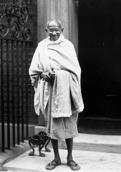 Central Press「Gandhi At No 10」:写真・画像(2)[壁紙.com]