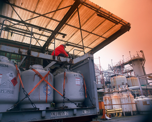Chemical「Chemical Plant, England」:写真・画像(12)[壁紙.com]