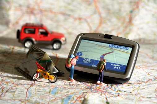 Passenger「Navigation instrument, figurines, motorcar, tent and bike on a map」:スマホ壁紙(13)