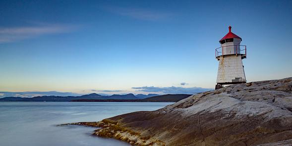 ノルウェー「ナビゲーション beacon に Tingholmen ノルウェーの夕暮れ時」:スマホ壁紙(10)