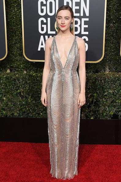 Silver Dress「76th Annual Golden Globe Awards - Arrivals」:写真・画像(11)[壁紙.com]