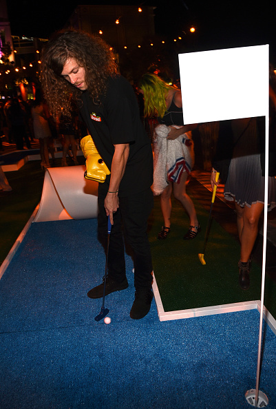 Bud「Entertainment Weekly Hosts Its Annual Comic-Con Party At FLOAT At The Hard Rock Hotel In San Diego In Celebration Of Comic-Con 2015 - Inside」:写真・画像(9)[壁紙.com]