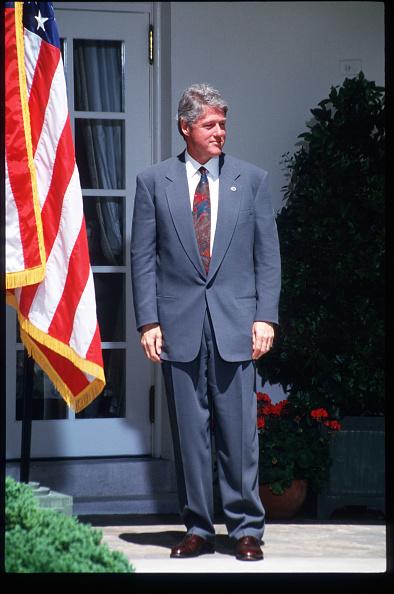 全身「President Clinton Speaks At The White House」:写真・画像(6)[壁紙.com]