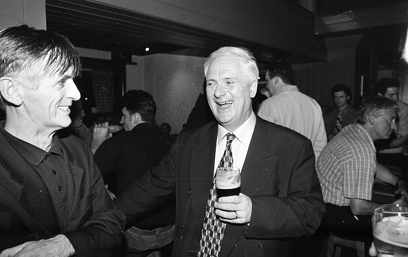Pub「Taoiseach John Burton in Kiely's Pub, Donnybrook」:写真・画像(16)[壁紙.com]