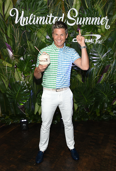 Loafer「David Burtka Hosts A Summer Night Out With Capital One In New York City」:写真・画像(6)[壁紙.com]