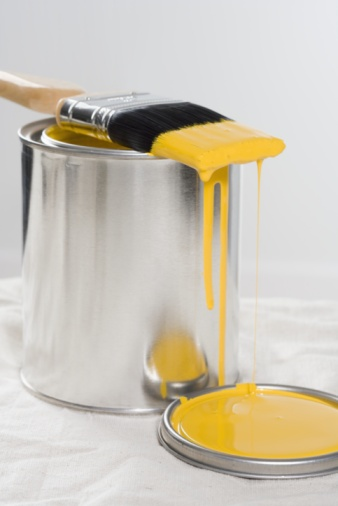 Drop「Brush and can of yellow paint」:スマホ壁紙(5)