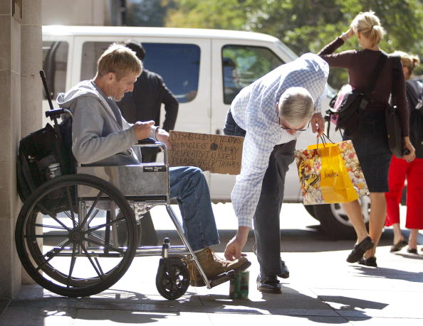 Homelessness「Chicago Looks To Restrict Panhandlers」:写真・画像(19)[壁紙.com]
