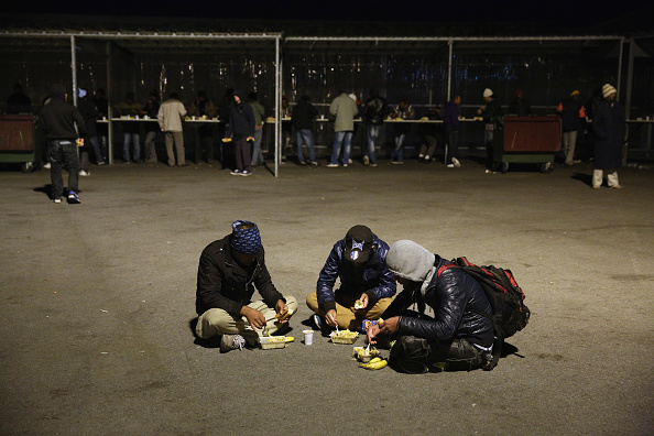 Sangatte「Illegal Immigrants In Calais」:写真・画像(15)[壁紙.com]