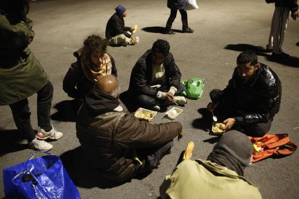 Sangatte「Illegal Immigrants In Calais」:写真・画像(18)[壁紙.com]