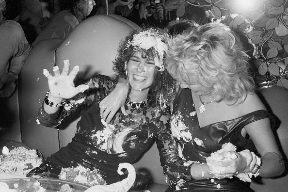 パーティー「Cake Fight」:写真・画像(2)[壁紙.com]